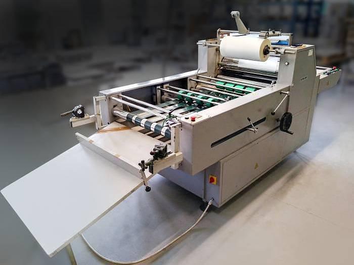 Used YFML 920 semi-automatic laminating machine