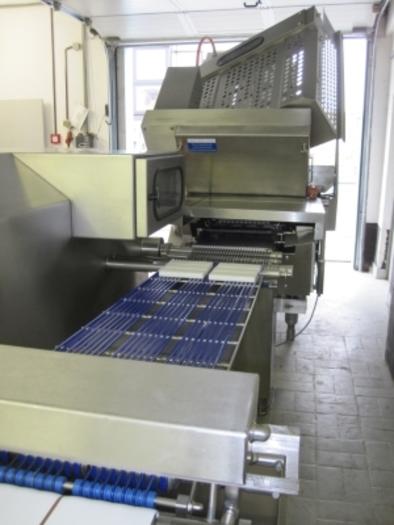 WEBER CHEESE SLICING MACHINE