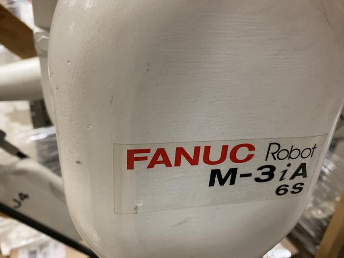 FANUC M3iA/6S HIGH SPEED PICKING AND ASSEMBLY ROBOT