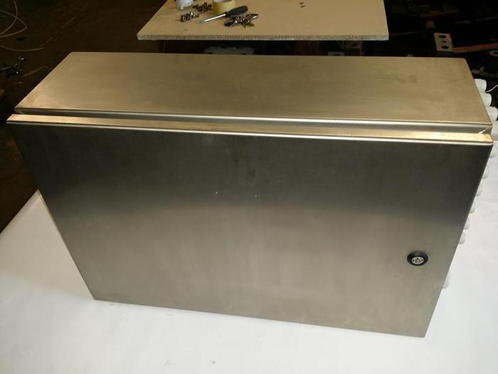Gebraucht Rostfreier Verteilerschrank, Schaltschrank, Stromverteiler M,  Steeldesign,  neuwertig
