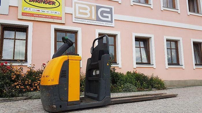 Used Jungheinrich ECE 225 picker