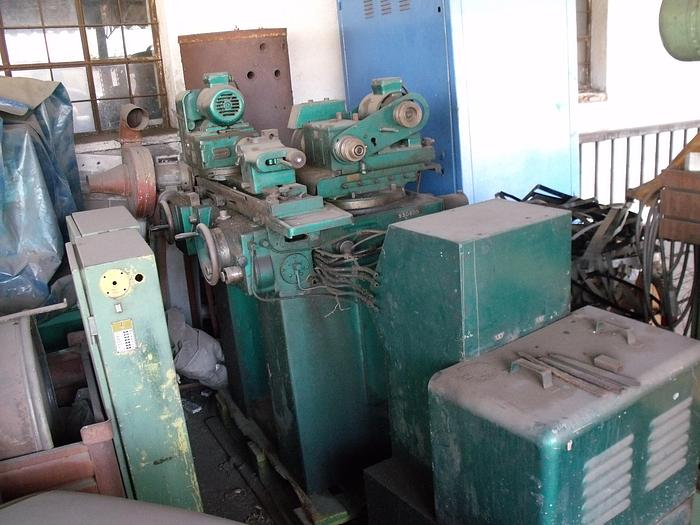 1980 Cylindrical grinding machine Tos BUA 16 A