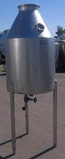 Used 900 Litre Stainless Steel Deaeration Tank