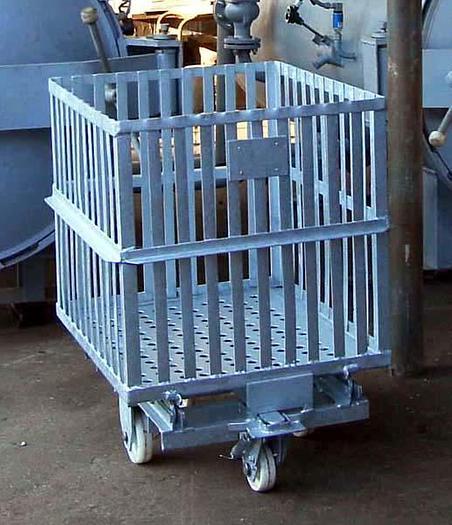 """Używane Wózek z koszem do autoklawów typ """"WAA 22"""""""