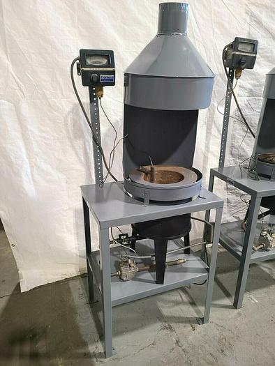 Used 160 Lb. Melting Furnace Natural Gas or Propane Max Temp 900F for Fishing Lead