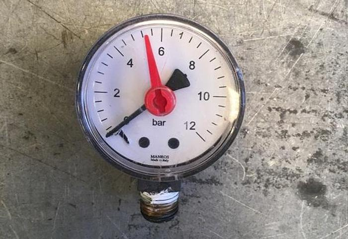 Used Manros Radial Pressure Gauge 0-12 bar
