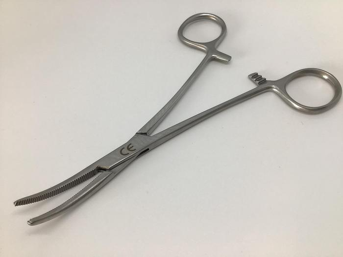 Forceps Artery Crile Curved 150mm (6in)