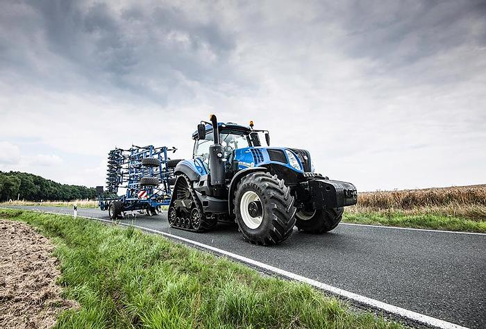 New Holland Tractors New Holland T8