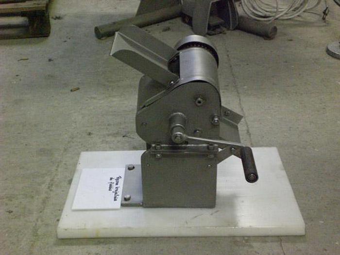 Używane Maszyna do cięcia w paski: flaki, wędliny, sałaty, itp.