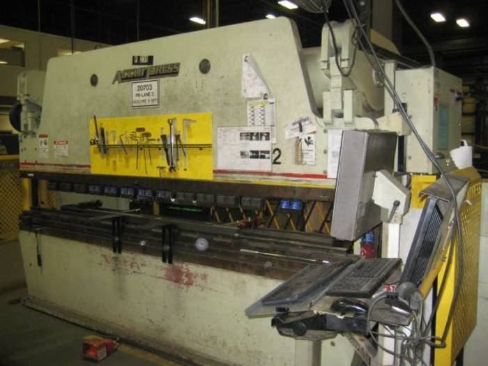 175 Ton Accurpress 717512 CNC Press Brake