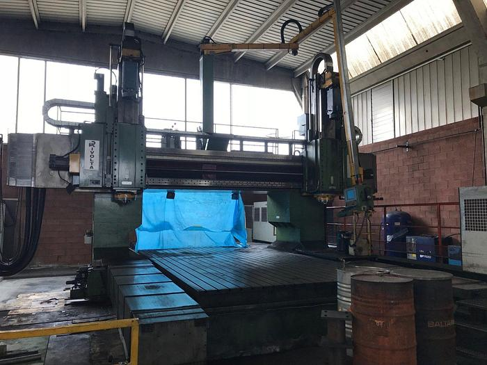 Used CNC Column Movie Milling Machine RIVOLTA