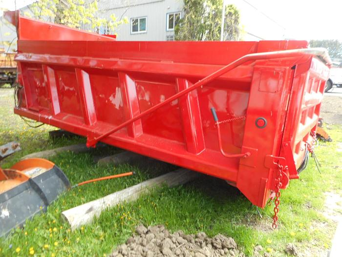Used 2004 Heil 14ft Gravel Box- Stock #: 8255