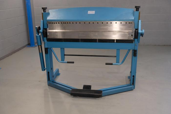 Mach Fold 1270mm x 1.5mm Manual Box and Pan folding machine