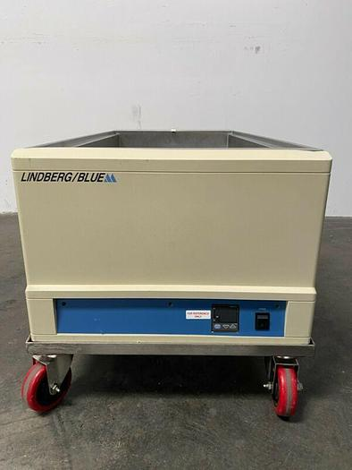 Used Lindberg/Blue M WB1140C-1 100 Liter Waterbath Temp 100°C 240 V w/ Mobile Cart