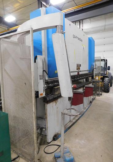 Used Guimadira 10' x 125 Ton Hydraulic CNC Press Brake PM12530