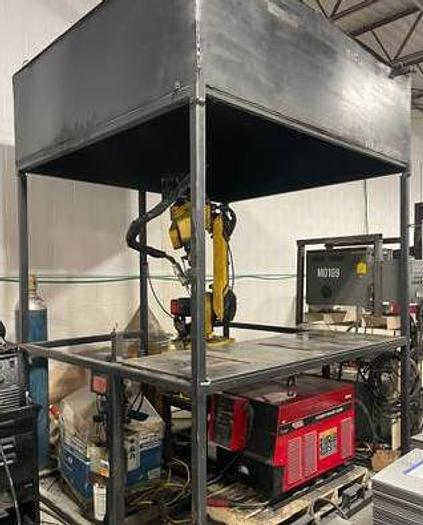 Fanuc Robot Welding cell with everything Arcmate 100i Rj2 Lincoln 455m