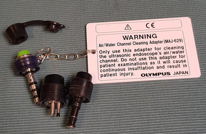 Used Olympus MAJ-629 Luft/Wasser Reinigungsadapter mit Zubehöre