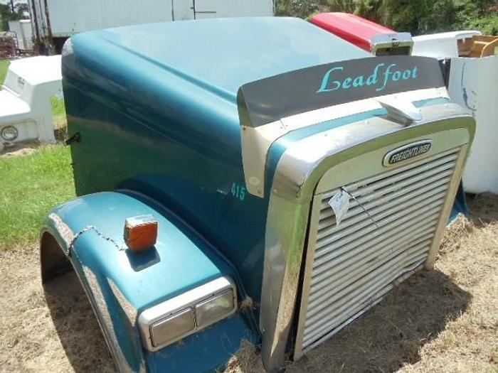 Used Freightliner CLASSIC XL