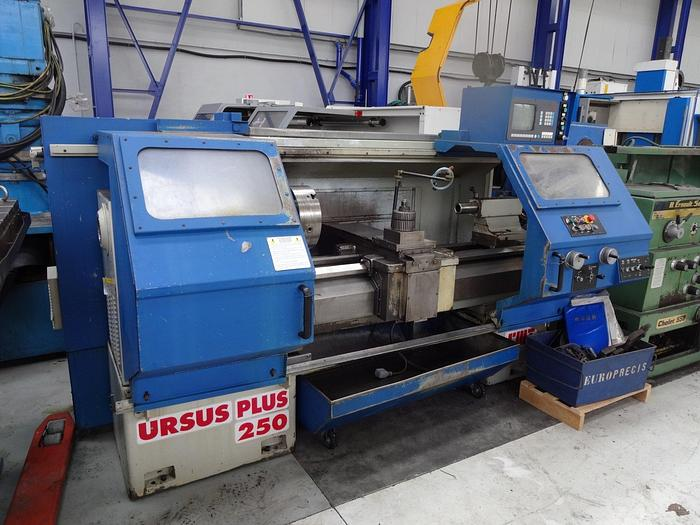 D'occasion 1995 Tour CNC par apprentissage CMT Ursus Plus 250