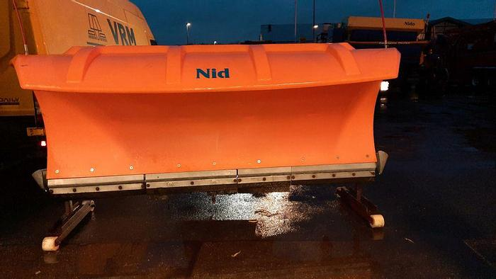 Used 2004 Nido SNK240VPZ