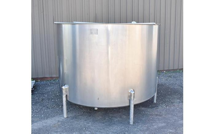 Used USED 1100 GALLON, STAINLESS STEEL