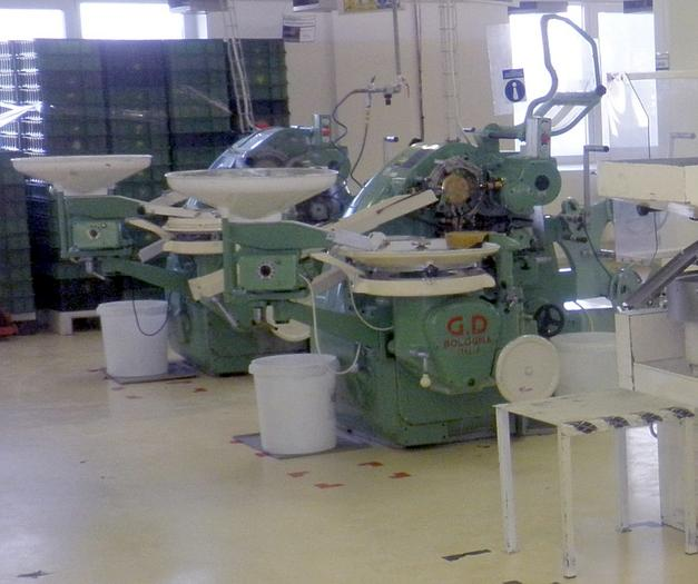(2) GD 2500 HARD CANDY WRAPPING MACHINES