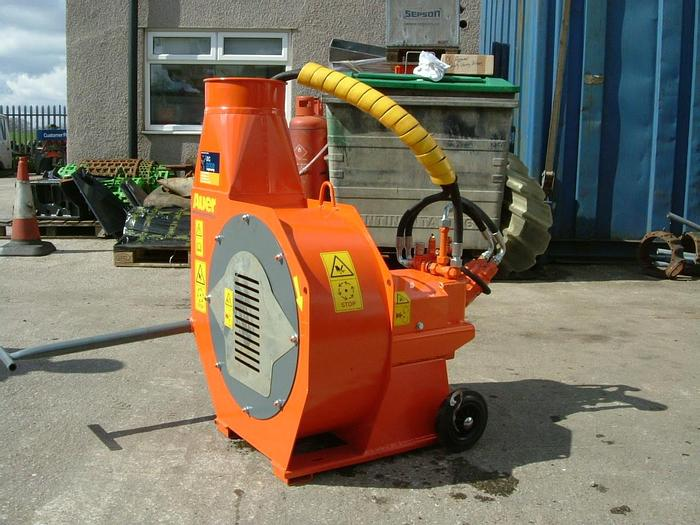 HYDRAULIC DRIVEN BLOWER FOR WOOD CHIPS