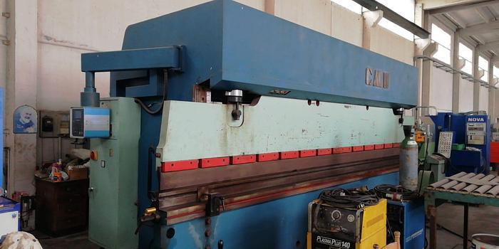 Installata Pressa Piegatrice Oleodinamica Cnc CMU 1E 200/62