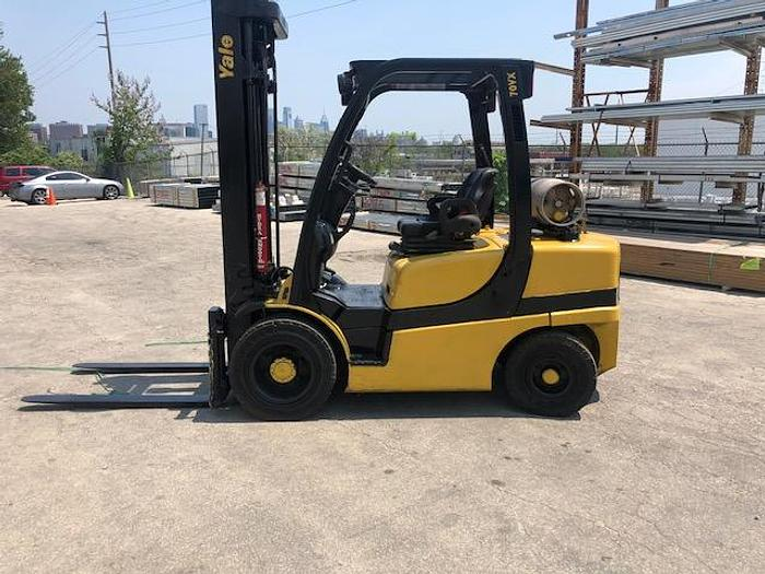 Used 7,000 LB YALE FORKLIFT MDL. GLP070 MFG. 2015 ONLY 3,024 HOURS