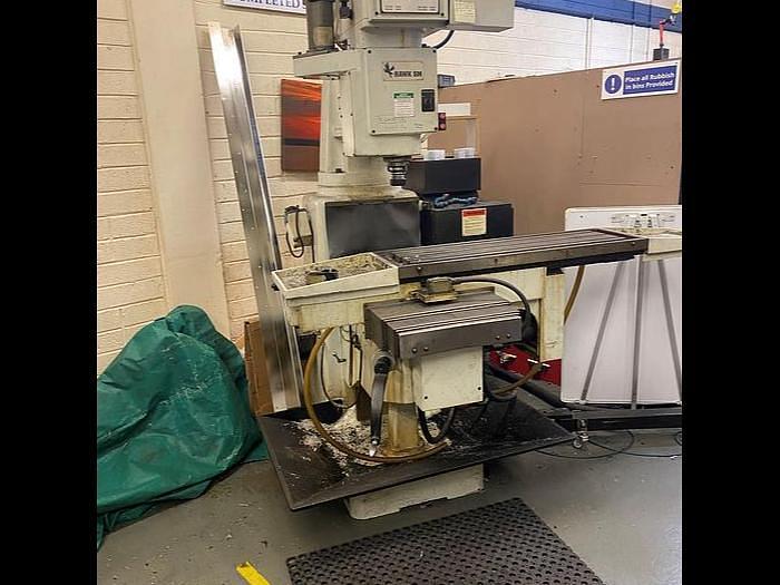 Used 1995 Hurco Hawk 5M CnC Toolroom Milling Machine