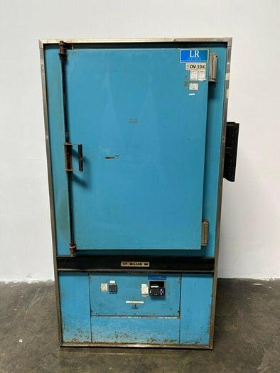 """Used Blue M P0M7-336G Laboratory Oven 343°C/650°F 25"""" x 20"""" x 38"""" Interior Dimensions"""