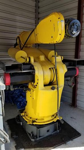 Fanuc S-420iF Robot with R-J2 Control Center