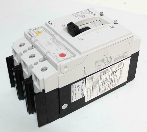 Used Eaton Moeller NZM H2-A40-NA Circuit Breaker 3-Pole Unit 600 VAC (5672)