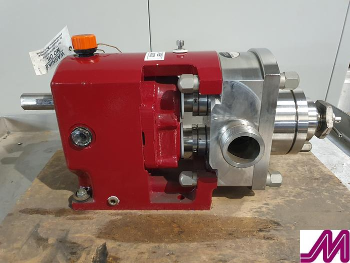 "Refurbished SSP 13-0019-075 Fully Refurbished 1 1/2"" Rotary Lobe Pump Head with Built In Pressure Relief Valve"