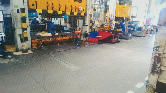 Mechanical press 800ton ERFURT model PKZV IV 800FS