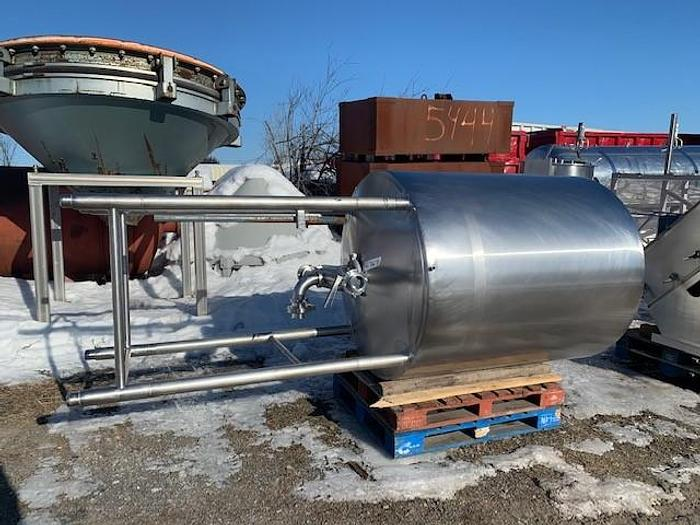 Used USED 500 GALLON TANK, STAINLESS STEEL, INSULATED
