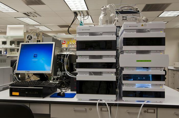 Usato Attrezzatura e strumentazione da laboratorio per analisi chimica e biochimica