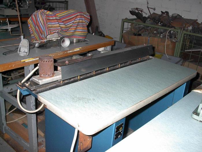 Gebraucht Knopfanzeichnungsmaschine MAYER  Kl. 194 .