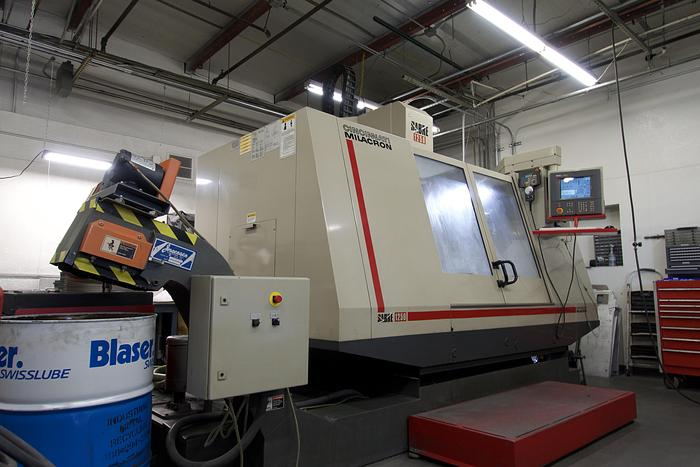 Used Cincinnati Milacron Sabre-1250 CNC Vertical Machining Center