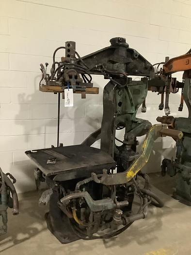 OSBORN 3161ROTOLIFT MOLDING MACHINE