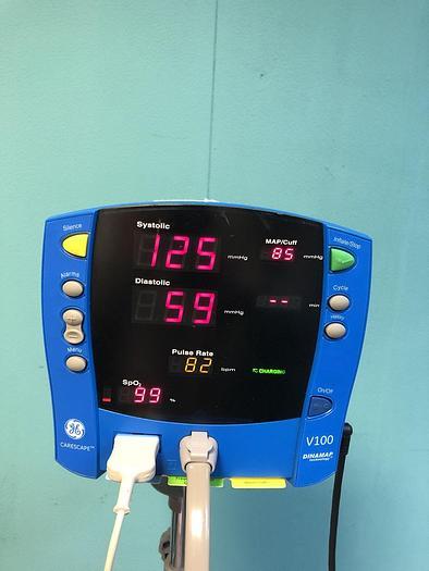 Gebraucht GE Dinamp V100 Patientenmonitor mit 1x Manschette, Fingersensor