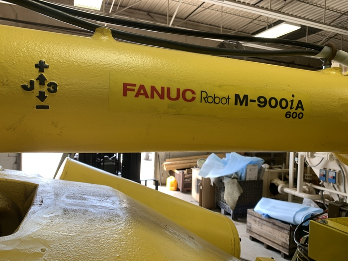 FANUC M900iA/600 6 AXIS CNC ROBOT WITH R30iA CONTROLLER
