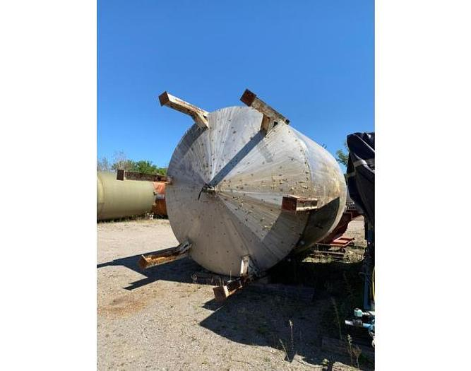 USED 9500 GALLON TANK, STAINLESS STEEL