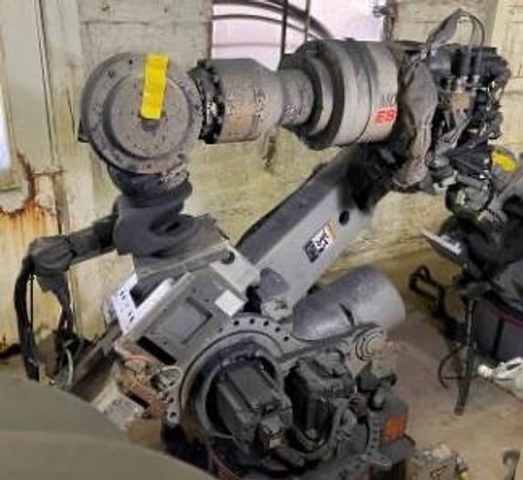 Used 2006 YASKAWA MOTOMAN ES200N 6 AXIS ROBOT 200KG X 2651MM WITH NX100 CONTOLLER