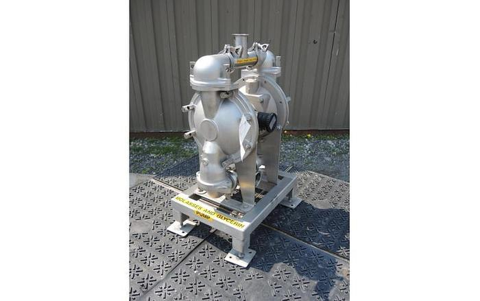 "USED DIAPHRAGM PUMP, 2.5"" X 2"" INLET & OUTLET, STAINLESS STEEL, SANITARY"