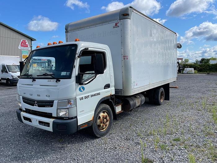 Used 2014 Mitsubishi Fuso FE160 Box Truck