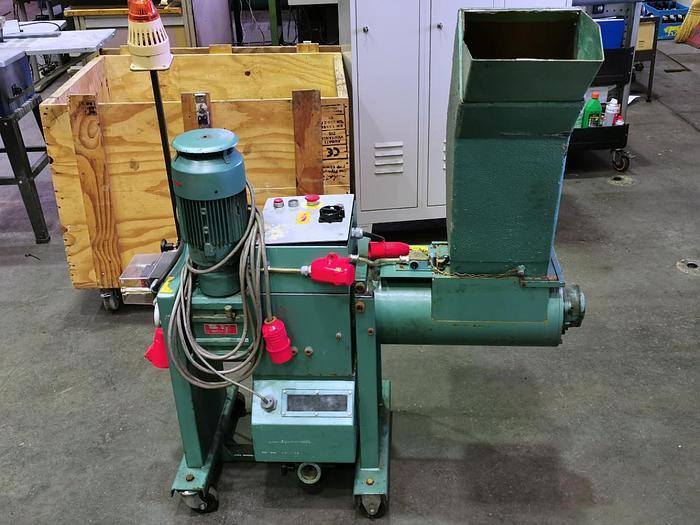 1986 Plastikzerkleinerungsmaschine Kunstoffgranulat  Mühle RAPID GK 2218-A