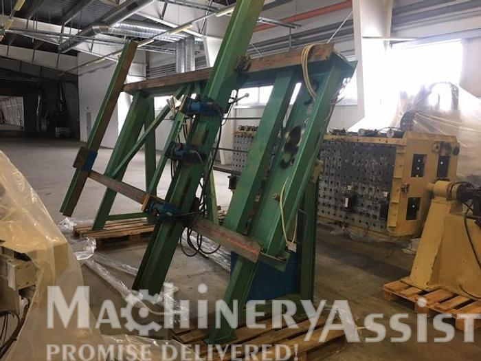 Used TMG Vertical pneumatic press