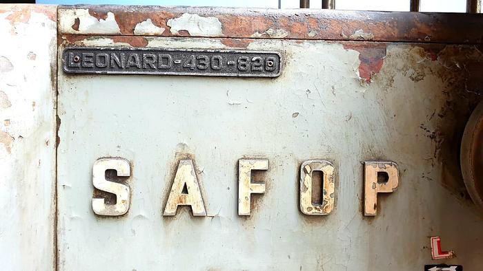 Safop Leonard-430-820 Lathe Machine