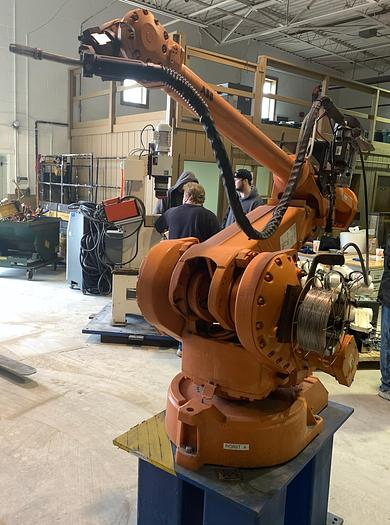 ABB IRB 4400L/10 2.53 METER REACH 6 AXIS CNC MIG WELDING ROBOT WITH S4C PLUS CONTROLLER